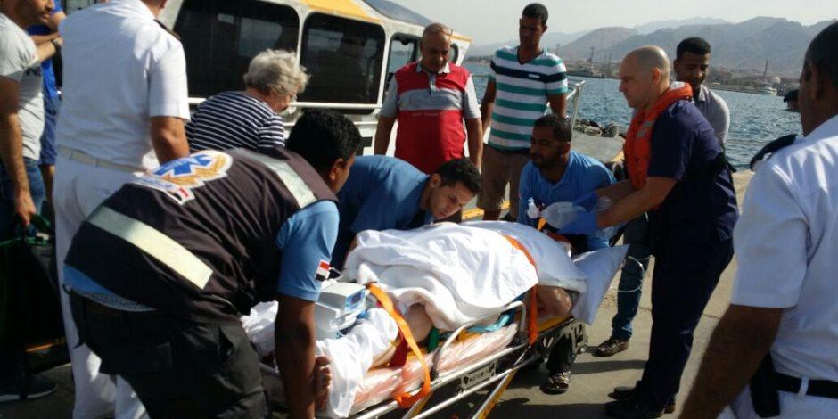 رئيس هيئة موانى البحر الأحمر يتدخل لإنقاذ سائح إنجليزى (صور)