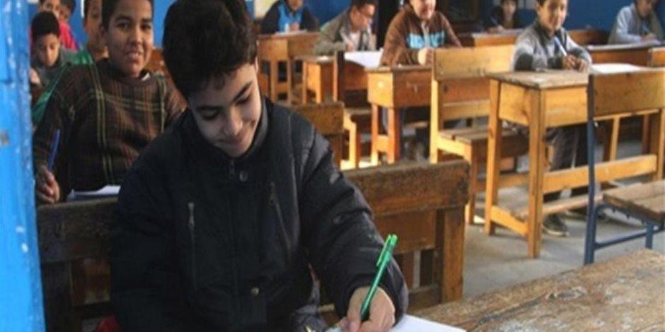 «يارب هون».. 337 طالبا يواجهون «الشمس» في امتحان «الإعدادية الأزهرية» بجنوب سيناء