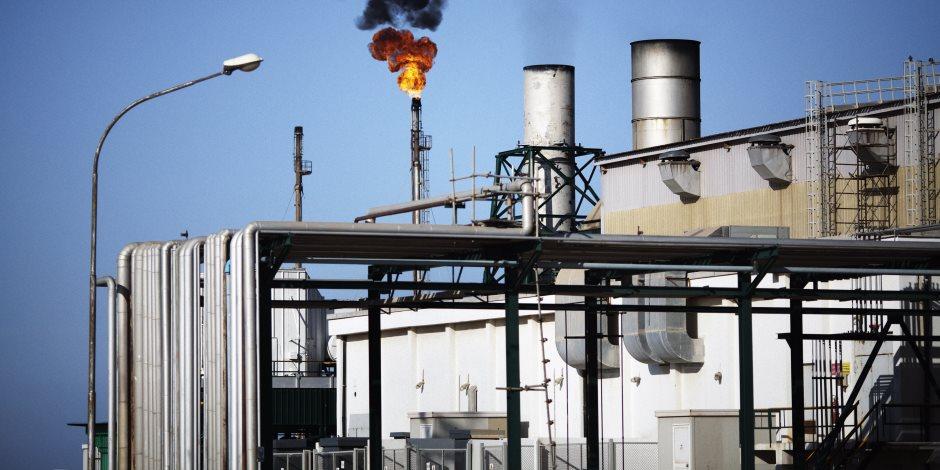 هبوط أسعار النفظ بسبب مخزونات الولايات المتحدة
