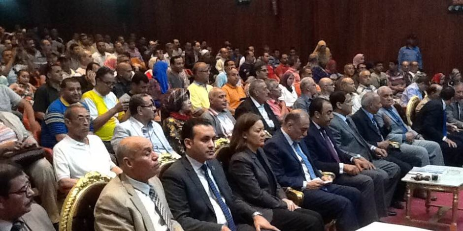 """""""من أجل مصر"""" تنظم احتفالية بعيد العمال وتحرير سيناء بغزل المحلة  (  صور  )"""