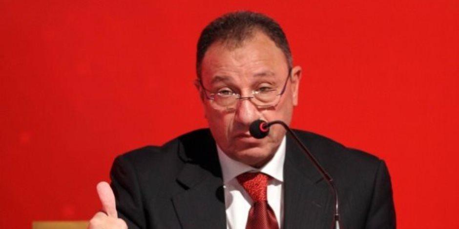 محمود الخطيب يقاضي «سبورتا» للملابس الرياضية ويطالب بـ 25 مليون جنيه تعويضات