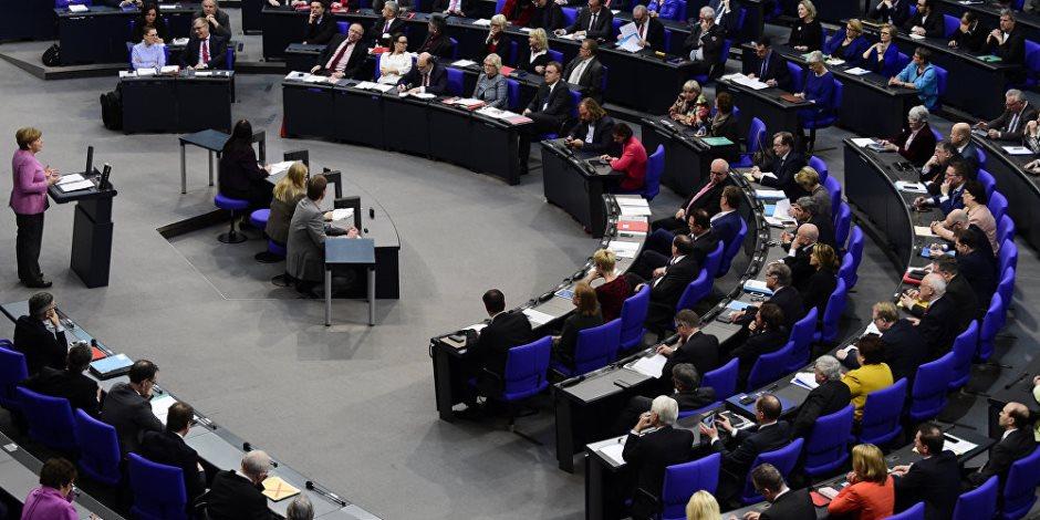 حرب طاحنة بين إيطاليا والاتحاد الأوروبي: روما تبحث التخلي عن القارة العجوز