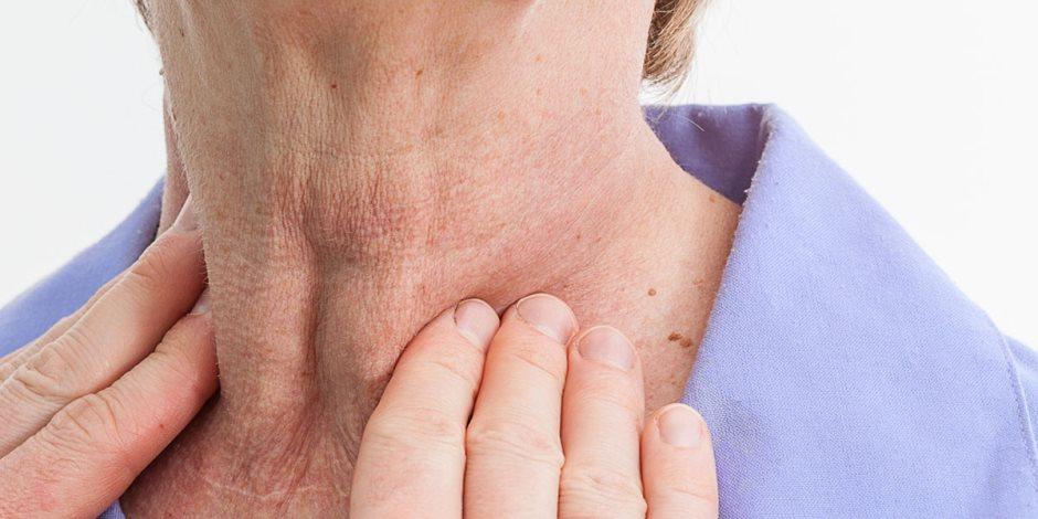 تشخيص قصور الغدة الدرقية لا يقتصر على الأعراض فقط