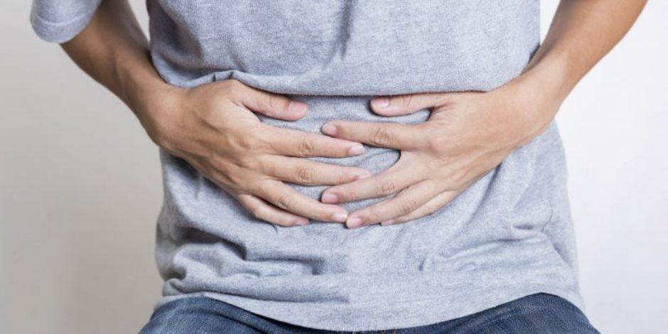 كل ما تريد معرفته عن أعراض وأسباب الإصابة بعسر الهضم