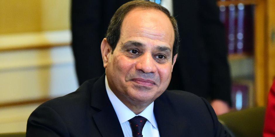 الرئيس السيسي يشكر شريف إسماعيل في ليلة القدر.. ويوضح سبب تغيير الحكومة