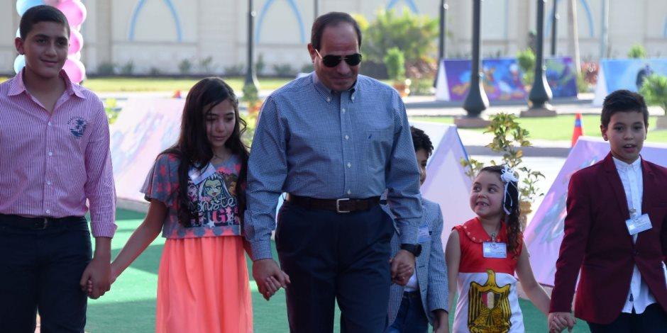 العيد فرحة.. السيسي يكرم أبناء الشهداء من القوات المسلحة والشرطة المدنية (بث مباشر)