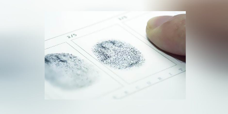 علوم مسرح الجريمة.. تعرف على حجية البصمات في الإثبات الجنائي
