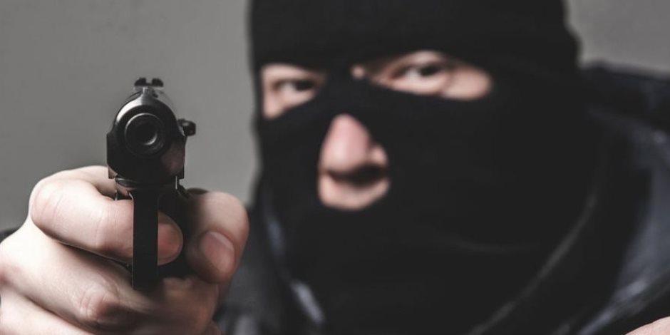 تحديات أمنية.. كيف توقع الداخلية بعصابات السطو المسلح على البنوك وروادها؟