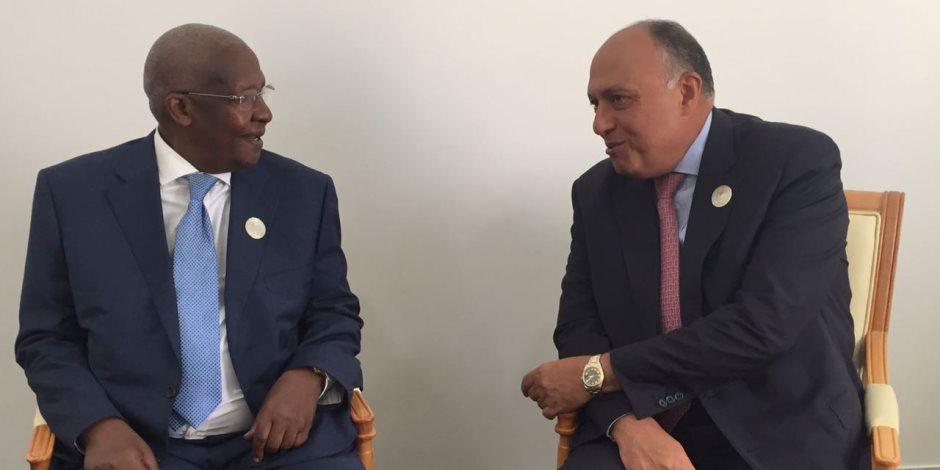 أوغندا تتنازل لمصر عن استضافة مركز الاتحاد الأفريقى لإعادة الإعمار بعد النزاع