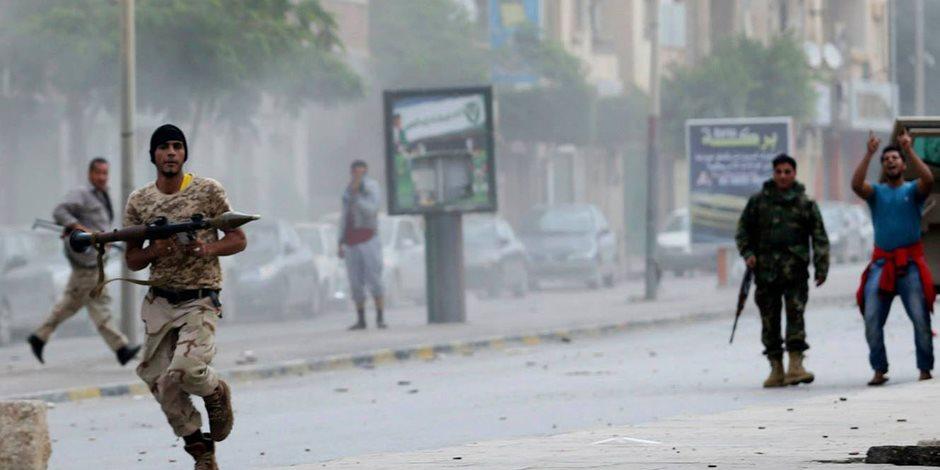 وقعوا في بعضهم.. مظاهرات في طرابلس وانشقاقات بين مليشيات السراج