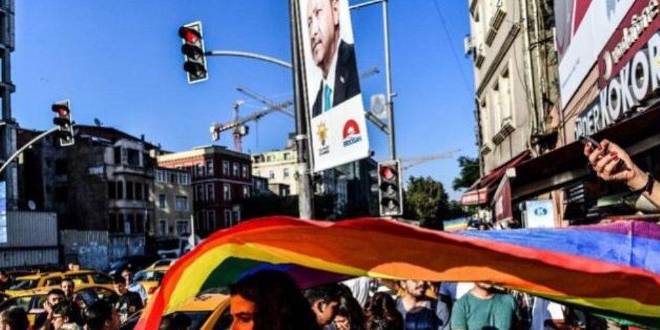 كيف فضح «المثليين» أردوغان وجنوده؟