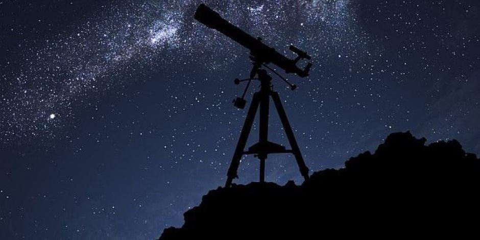 البحوث الفلكية تدشن أول مركز مصري لرصد الأقمار الصناعية.. اعرف التفاصيل
