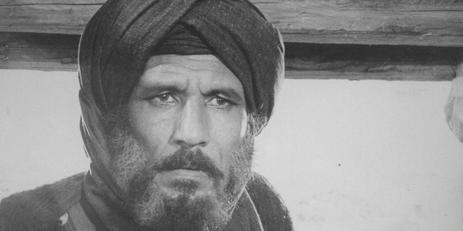 أبكى وفد الأزهر.. لماذا أراد عبد الله غيث اعتزال الفن بسبب الإمام الحسين؟