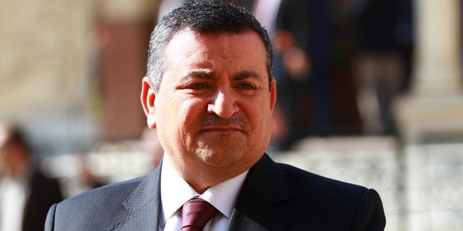 أسامة هيكل.. وزير «ضد الإعلام»..  هوايته التنظير لكسب مزيد من اللايكات