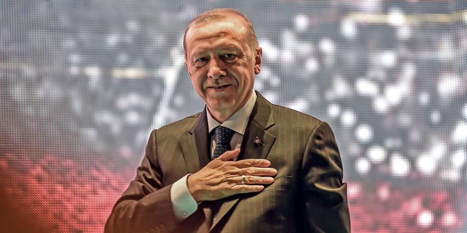 فضائح حزب أردوغان الجنسية.. من تقنين الدعارة إلى تسجيلات عدنان أوكتار