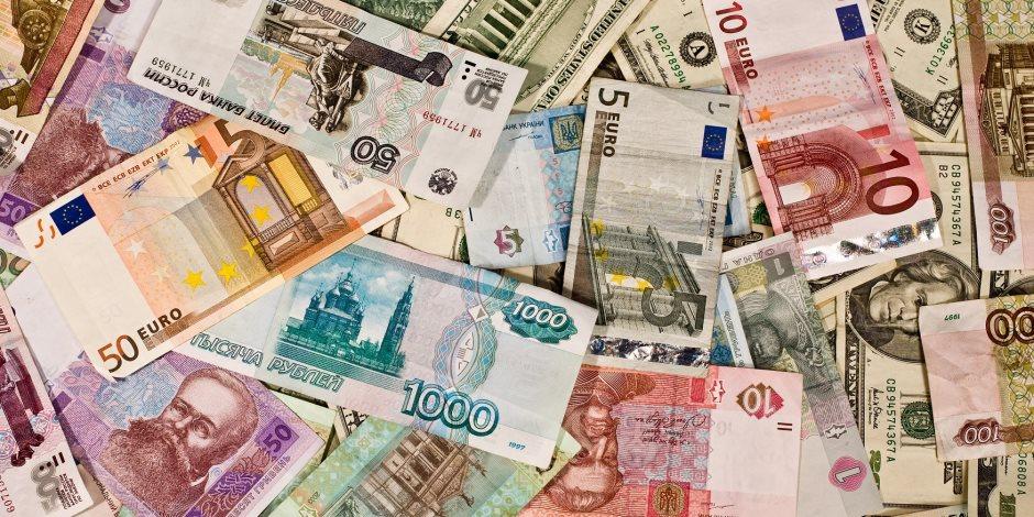 انخفاض أسعار الدولار واليورو أمام الجنيه المصري في تعاملات اليوم الأربعاء 8-7-2020
