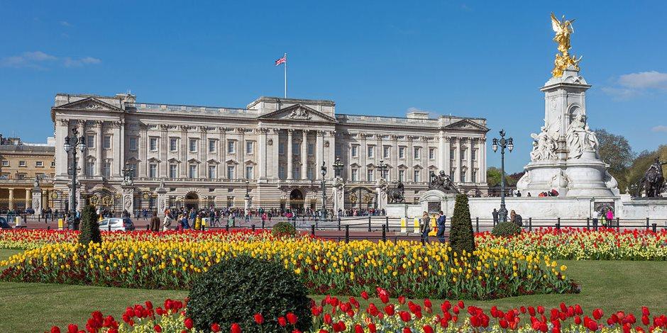 مذكرات سرية تكشف: المخابرات البريطانية حاولت اغتيال الملك إدوارد الثامن بسبب عشقه لسيدة أمريكية