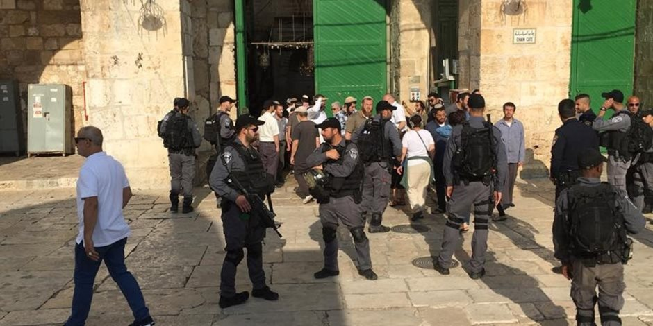 التوتر يزداد في محيط المسجد الأقصى