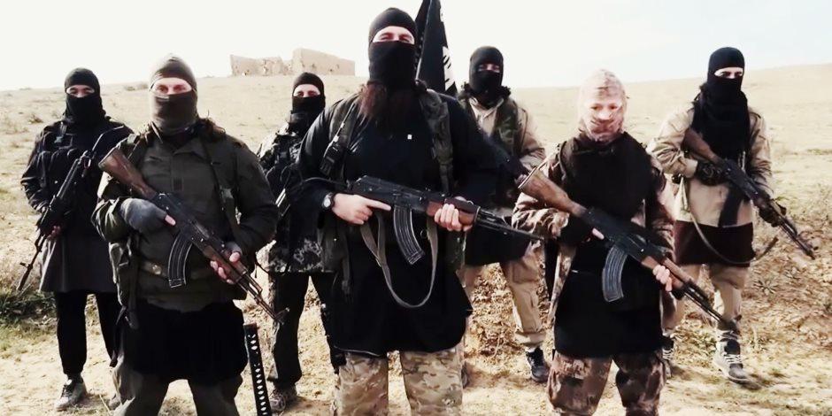 بالتزامن مع تعزيزات سورية.. التحالف الدولي يكثف ضرباته على «داعش» شرقي نهر الفرات