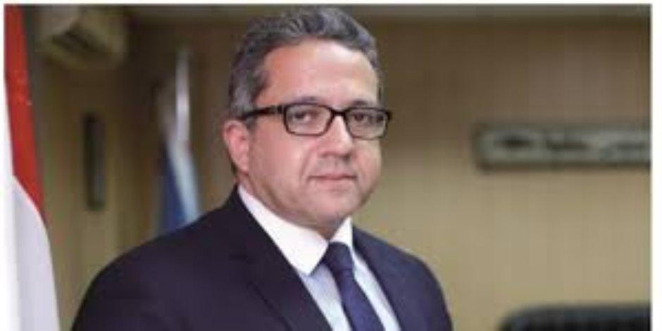 وزير الآثار يعلن عن كشف آثري جديد في سقارة