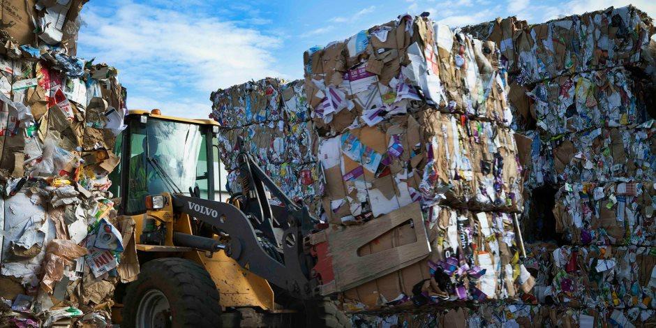 «مقالب القمامة» تكتب نهاية رئيسي أحياء المرج وحلوان.. اعرف التفاصيل