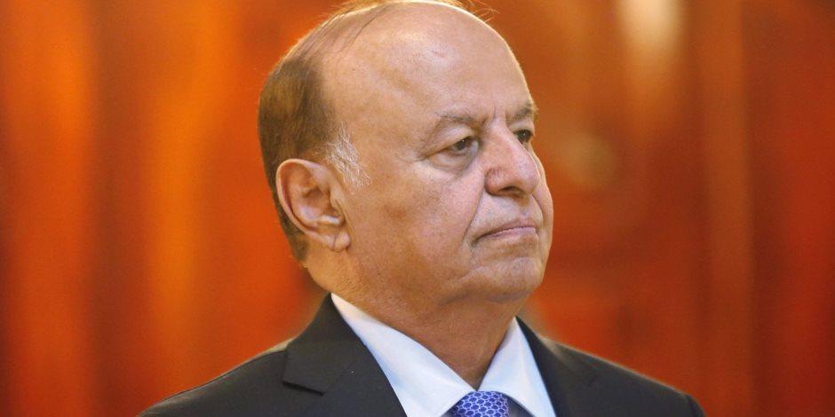 رغم المعاناة وانتهاكات الحوثي.. الحكومة اليمنية تسدد القروض المتأخرة