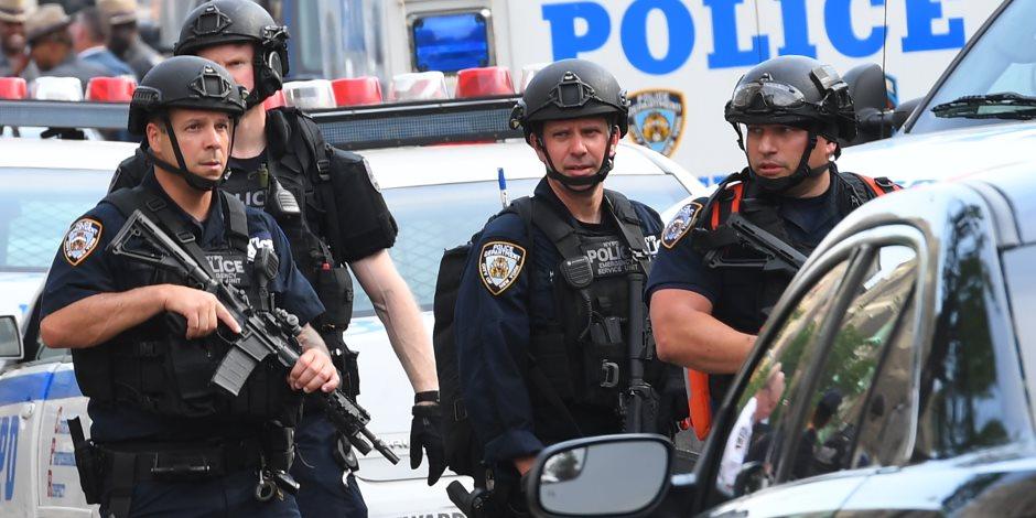 أمريكا تشتعل.. الشرطة الأمريكية تمنع أنصار ترامب من اقتحام مبنى الكونجرس وإطلاق قنابل الغاز