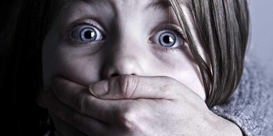 ما تغفلوش عن ولادكم فى العيد.. كيف تواجه الأسرة المصرية والقانون جريمة خطف الأطفال؟