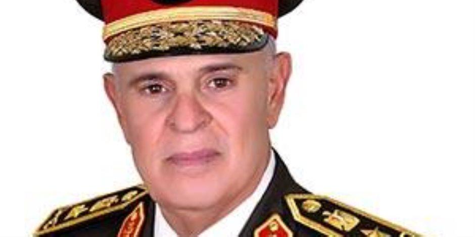 """الفريق محمد فريد يتفقد القوات المشاركة بتدريبات """"درع العرب 1"""" (فيديو)"""