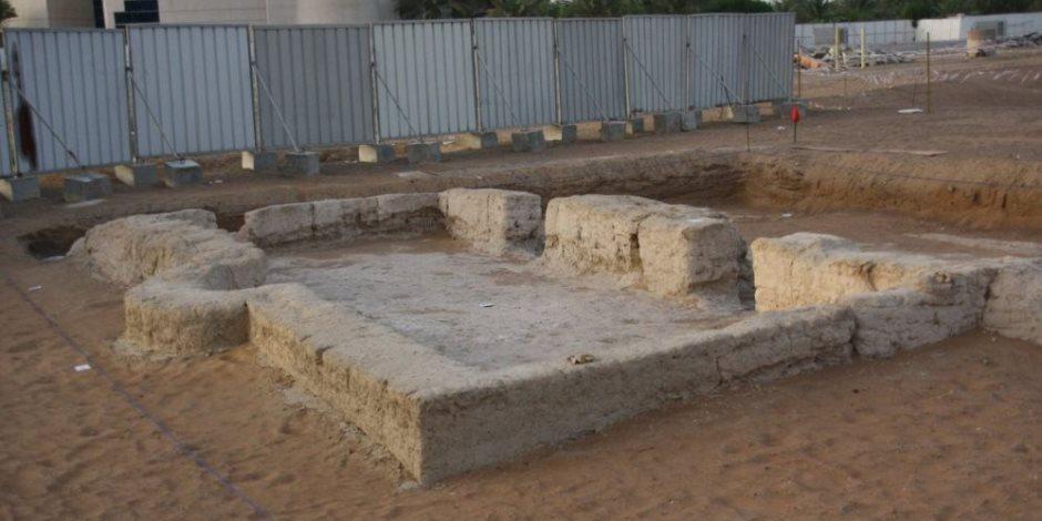 «مسجدنا ما مسجدكم».. كيف سخر الإماراتيون من منتقدي اكتشاف مسجد عمره 1000 عام؟