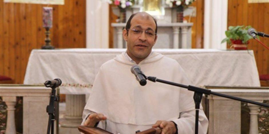 الراهب جون الدومنيكاني يتحدث لـ«صوت الأمة»: المسيحية في مصر تأثرت بالإسلام الوهابي