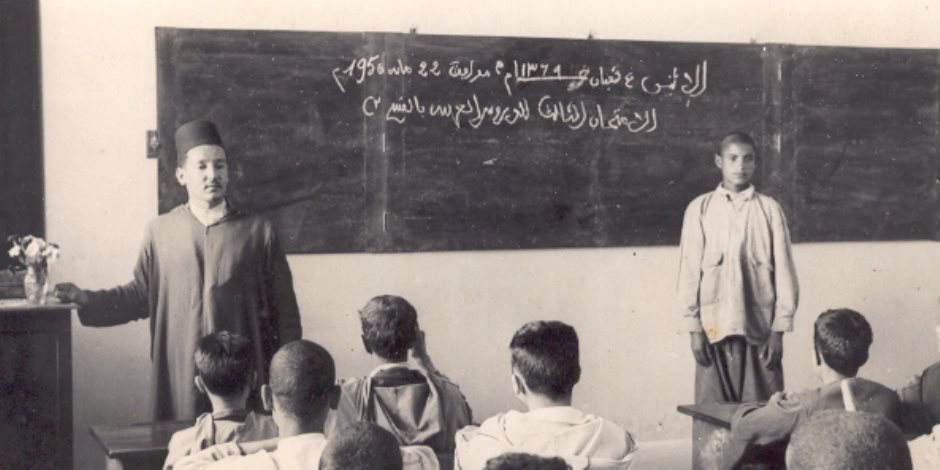 بدأت من الخيش والصوف والقماش.. رحلة الحقيبة المدرسية خلال 50 عاما