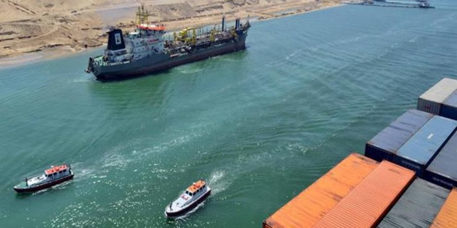 تنفيذًا لتكليفات الرئيس السيسي.. جولة لخبراء «مصر تستطيع» بالمنطقة الاقتصادية في قناة السويس