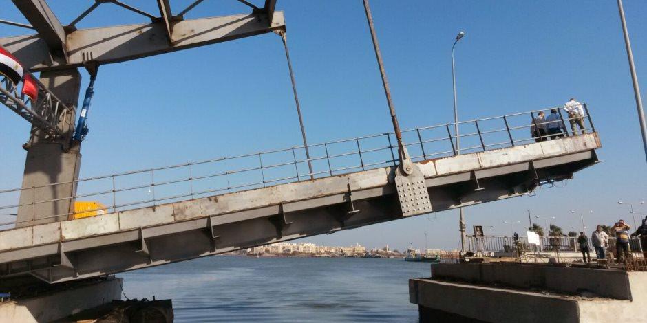 وزير الإسكان ومحافظ بورسعيد يتابعان المشروعات الجاري تنفيذها بالمحافظة