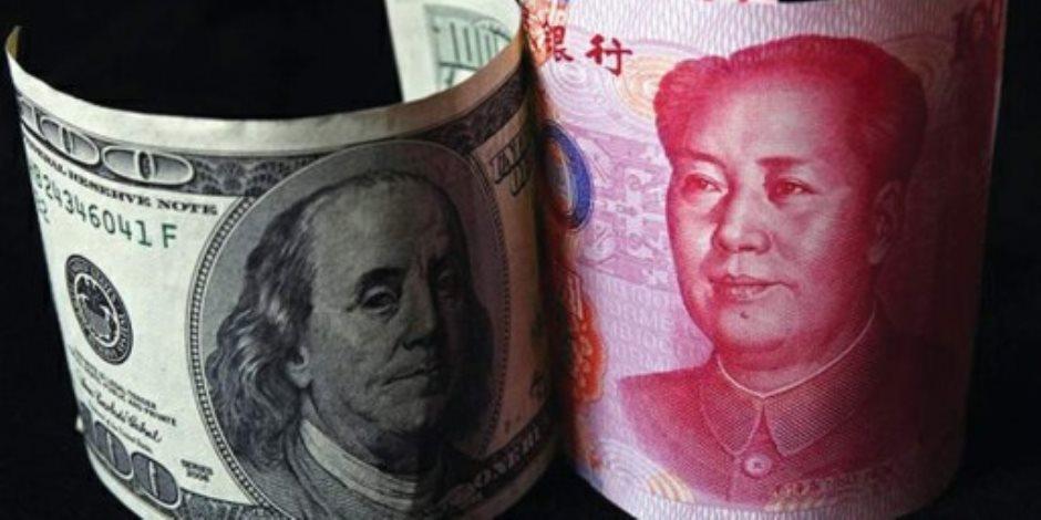 الحرب التجارية مع الصين تضغط على الدولار الأمريكي.. وهذه النتائج