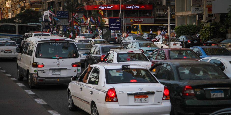 في رابع أيام عيد الأضحى.. انتظام حركة السيارات بمحاور و ميادين القاهرة و الجيزة