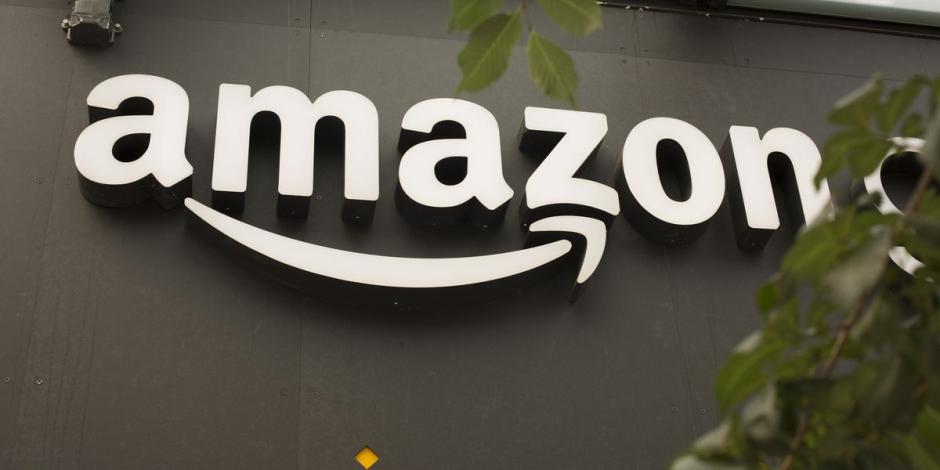 كيف طورت شركة أمازون المساعدات المنزلية الذكية،لمنافسة جوجل وفيسبوك ؟