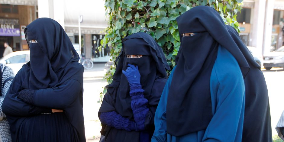 حكم نهائي بحظر ارتداء النقاب لاعضاء هيئة التدريس بالجامعات