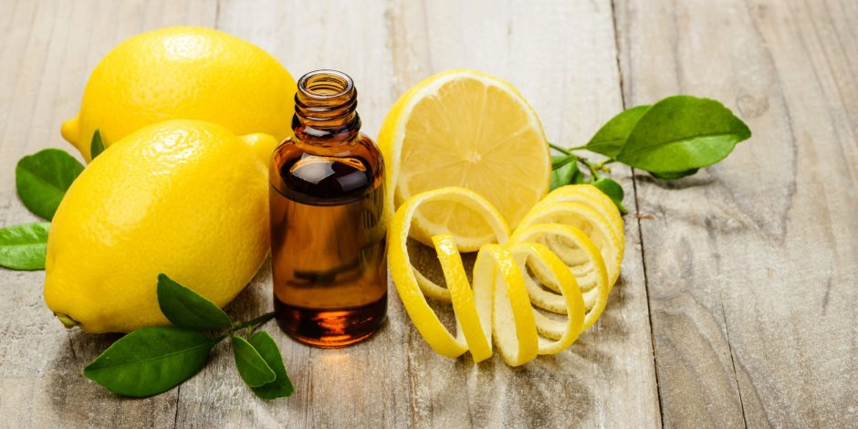 تبييض البشرة والتخلص من البثور أبرزها.. تعرفي على 4 فوائد لاستخدام الليمون