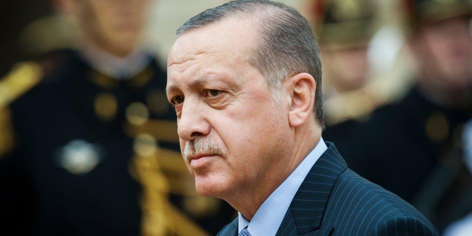خطاب أردوغان الشعبوي.. لماذا يظهر الرئيس التركي كرهه للعالم وسط أنصاره؟