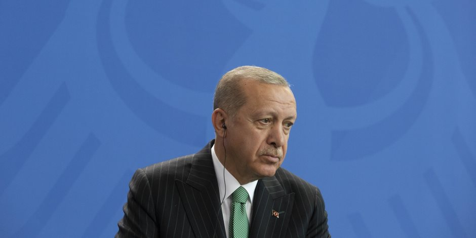 حزب السعادة التركى مهاجما أردوغان: التفتيش العاري في السجون التركية أمر مخجل