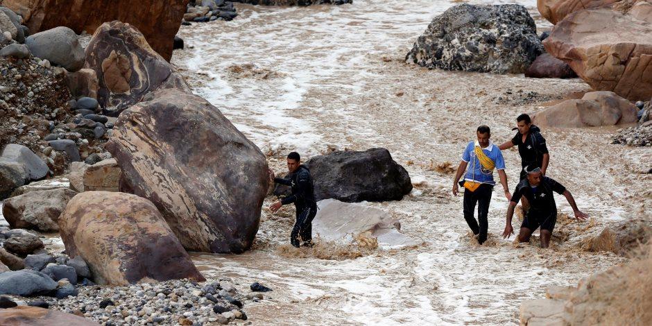 العرب جسد واحد يتداعى للأردن.. تطورات جديدة في أزمة سيول البحر الميت