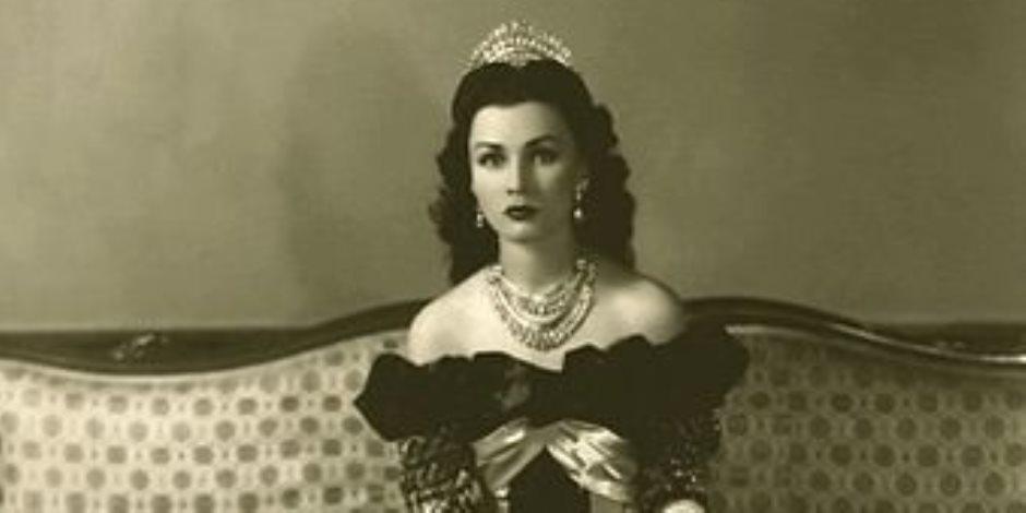 الإمبراطورة فوزية ضحية شقيقها فاروق.. طلقها من الشاه ليداري على خبر طلاقه