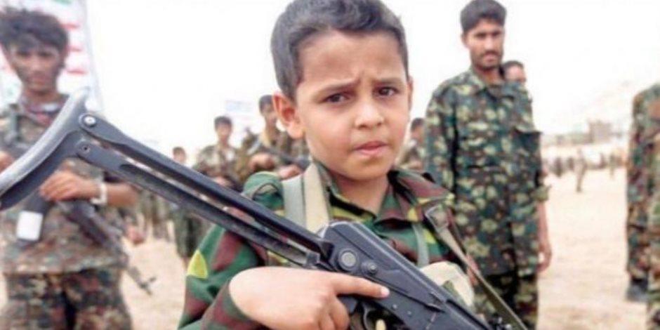 يخزنون الواد المتفجرة بالمدارس.. الحوثي يواصل جرائمه بحق أطفال اليمن