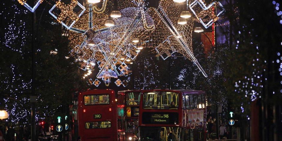كورونا vs الكريسماس.. هكذا تحتفل مدن العالم تحت قيود الوباء (صور)