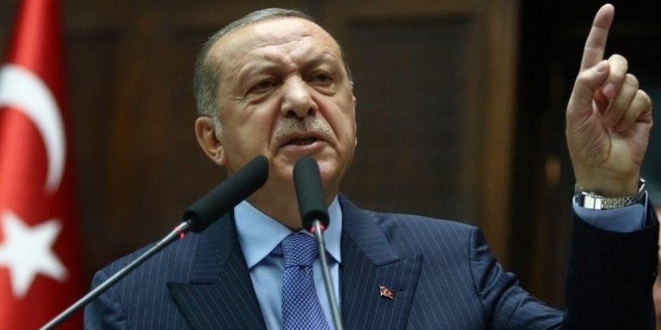 يد تقتل ويد تسرق.. أردوغان يستبيح أرض سوريا