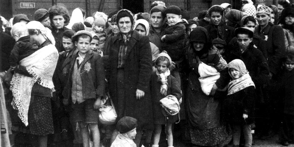 هل يؤمن الأوروبيون بالنفوذ الكبير لليهود في حروب العالم؟.. استطلاع CNN يجيب