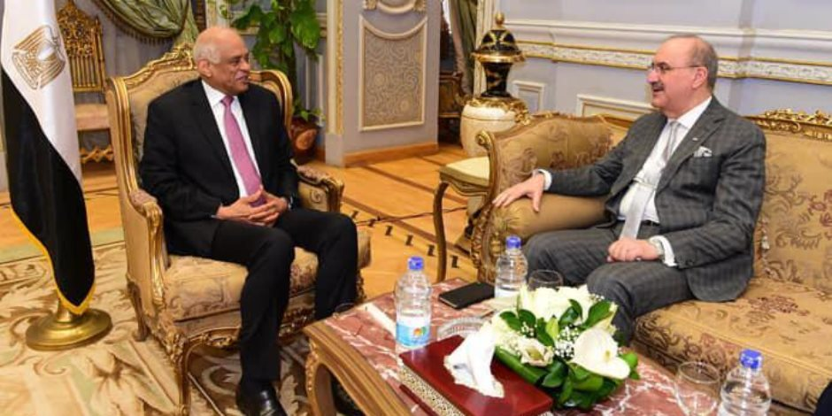 ماذا قال سفيرا «النرويج والعراق» لرئيس مجلس النواب في مكتبه عن مصر؟ (صور)