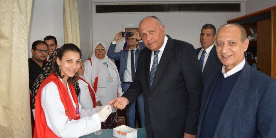 وزير الخارجية يشارك في مبادرة «100 مليون صحة» (فيديو وصور)