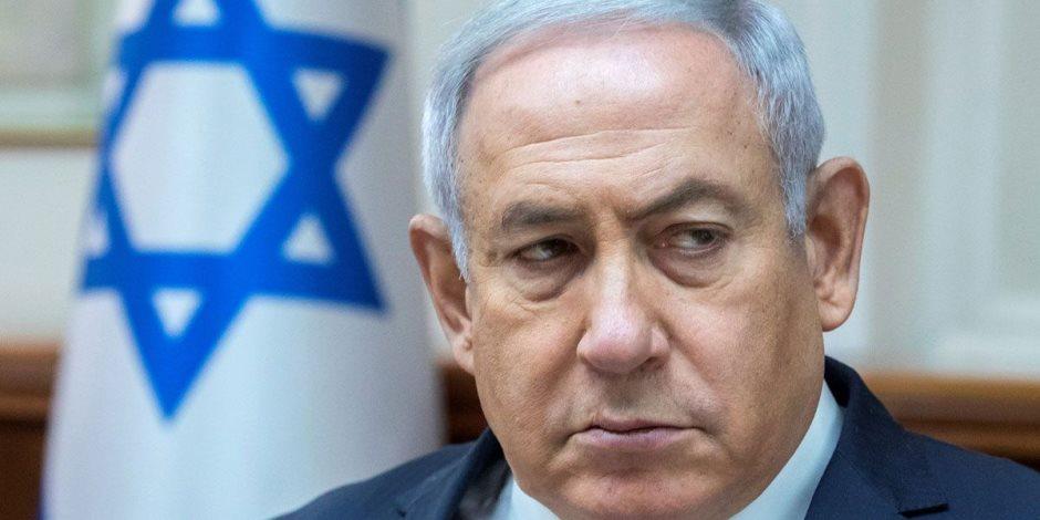 في تهم فساد.. رئيس الوزراء الإسرائيلي نتنياهو يمثل للمحاكمة